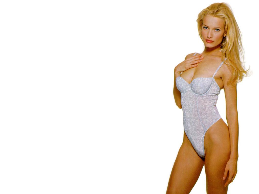 Karen Mulder Nude Pics 10